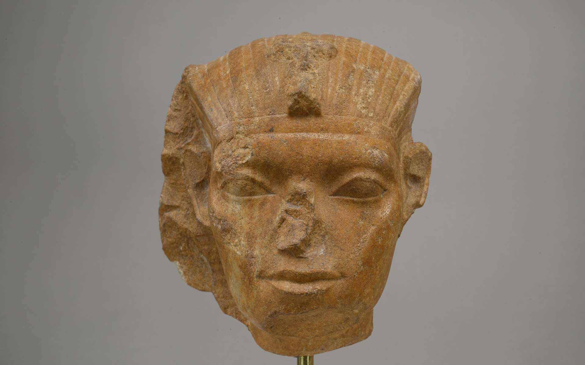 Ancient Egypt: why do statues always have a broken nose?