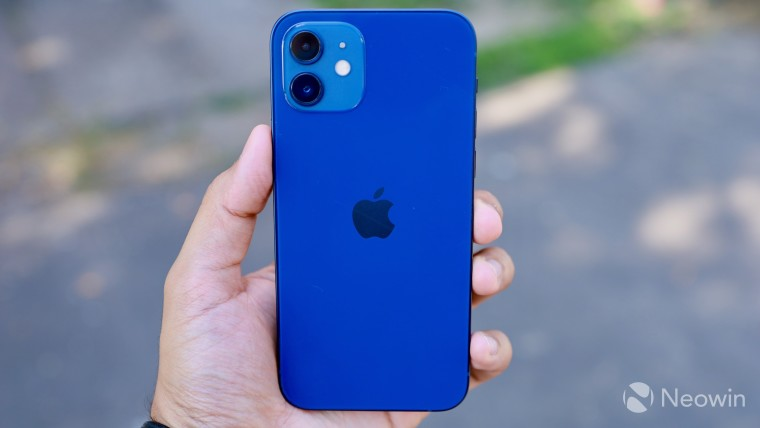 Apple warns that vibrations from a motorcycle engine may damage iPhone cameras